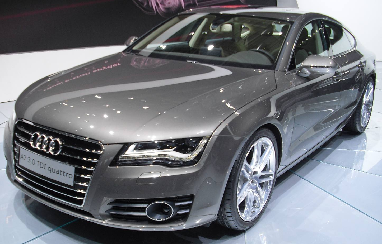 audi a7 sportback 3 0 tdi quattro s tronic 180 kw 245 ps s line neues modell export reimport. Black Bedroom Furniture Sets. Home Design Ideas