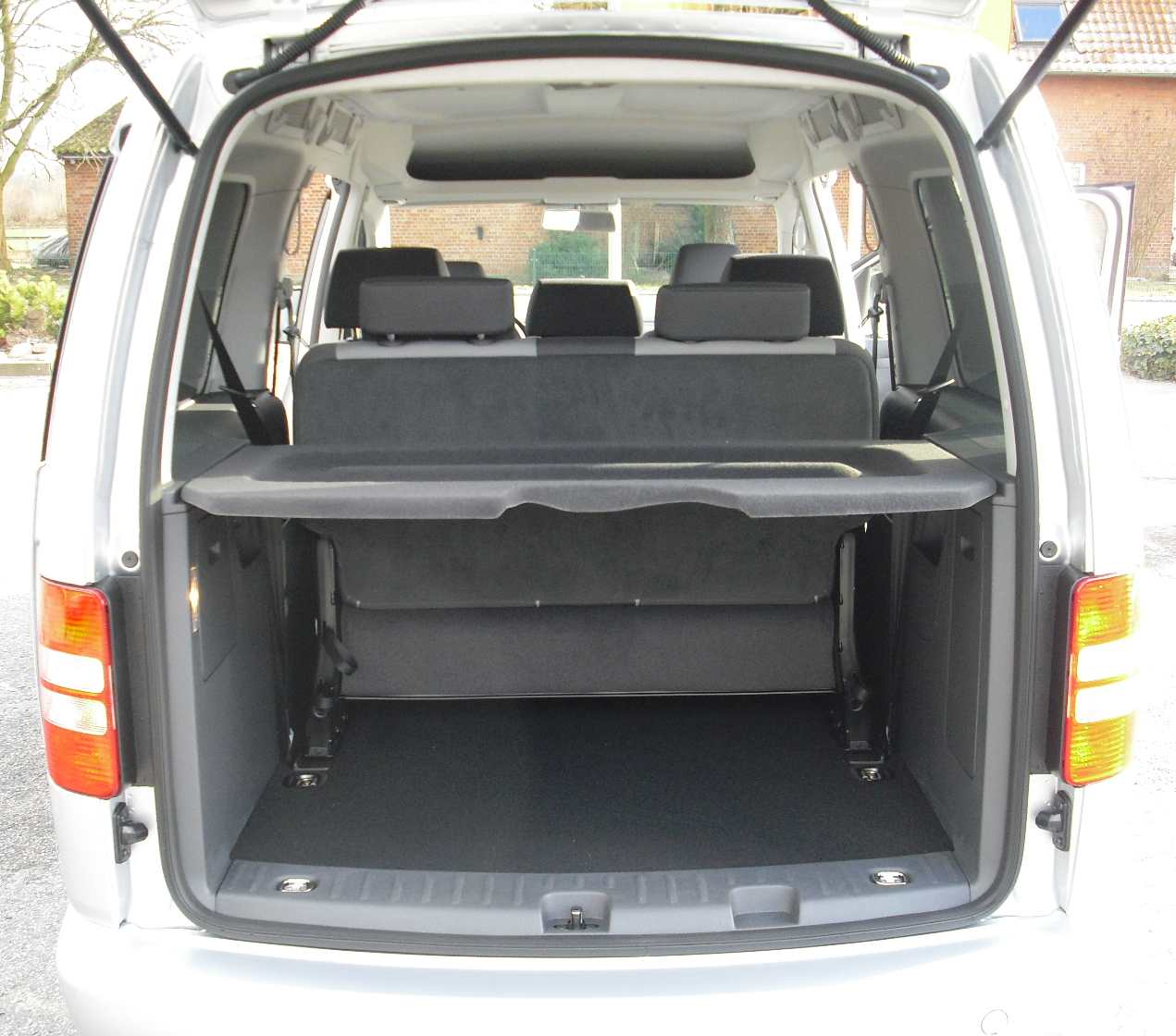 vw caddy reimport maxi neues modell 2015 modelljahr 2016. Black Bedroom Furniture Sets. Home Design Ideas