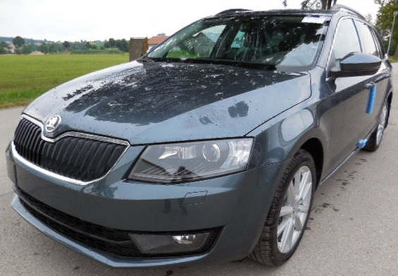 skoda octavia reimport eu neuwagen combi neues modell 2015 2016 rs active ambition elegance. Black Bedroom Furniture Sets. Home Design Ideas